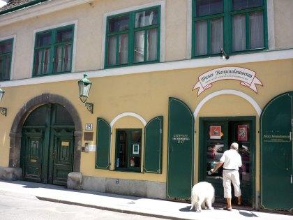Eingang ins Kriminalmuseum