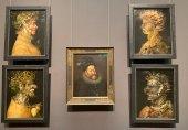 Vier BIlder von Arcimboldo zieren derzeit die Gemäldegalerie im KHM: Sommer gegenüber von Feuer, Winter gegenüber von Wasser und in der MItte ein Portrait Rudolf II. von Hans von Aachen