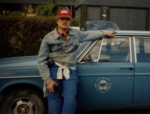 Den första bilden på Olof Östlund i grävkläder (privata). Jeansjacka!Året är 1996.