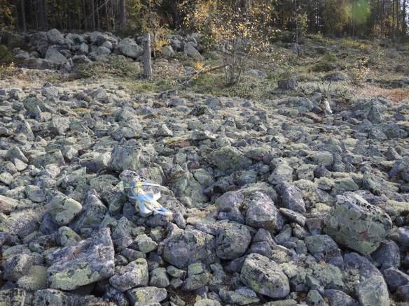 Boplatsgrop i klapper på Öberget i Måttsund © Norrbottens museum