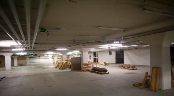 Foto av tomma lagerlokaler