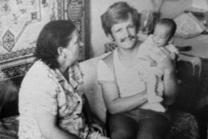 Юрий Зинчук с приемным сыном.