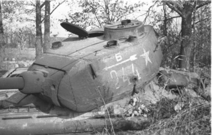 Советский танк.