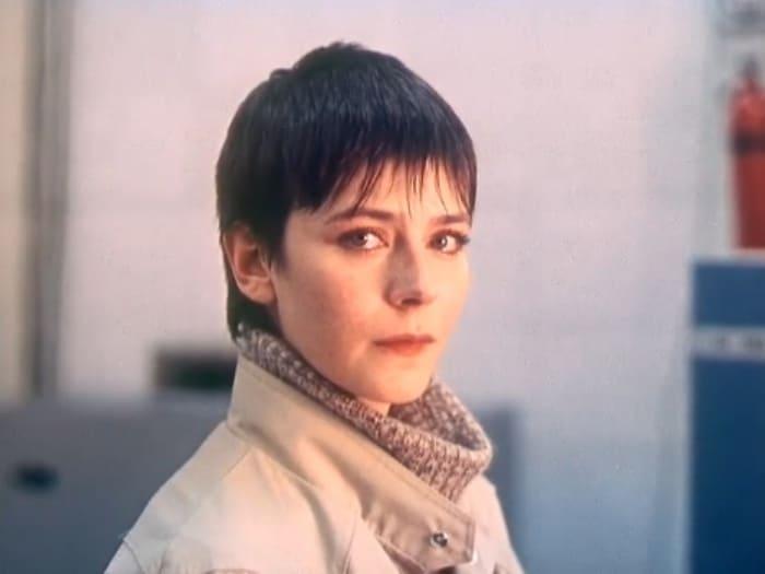 Елена Сафонова в фильме *Зимняя вишня*, 1985 | Фото: kino-teatr.ru