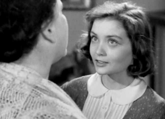 Первая роль Жанны Болотовой – в фильме *Дом, в котором я живу*, 1957   Фото: kino-teatr.ru
