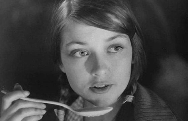 Жанна Болотова в фильме *Люди и звери*, 1962   Фото: teleprogramma.pro