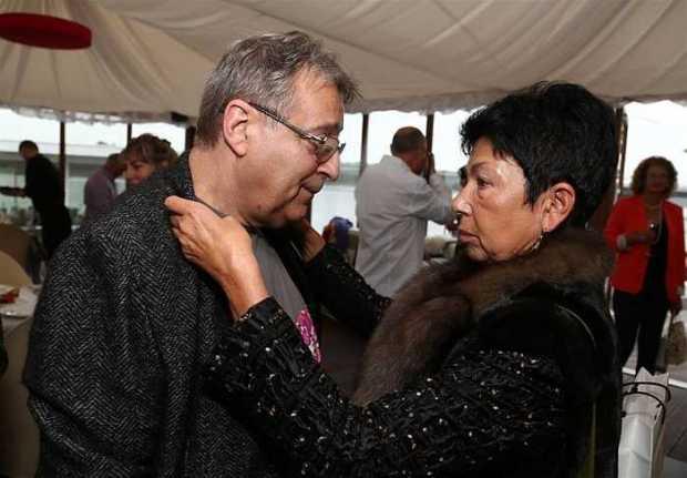 Они до сих пор нежно заботятся друг о друге. / Фото: www.visualrian.ru