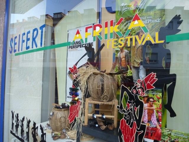 Schaufenster zum Afrikafestival in Würzburg