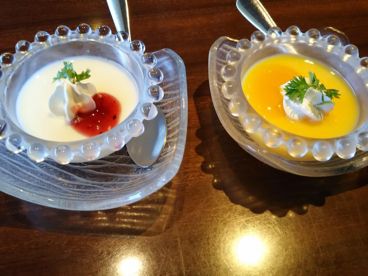 杏仁豆腐とマンゴープリン(黄龍)