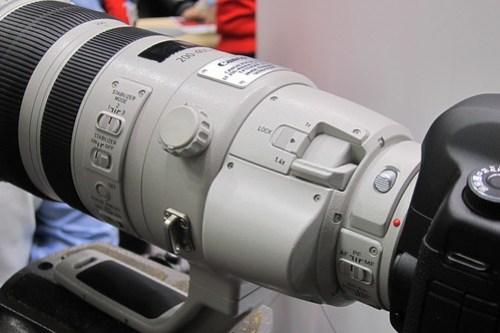 EF200- 400mm F4L IS USM Extender 1.4×
