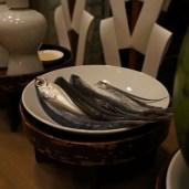 神遷神事では、飛魚と西瓜を神饌に加えて献ずる