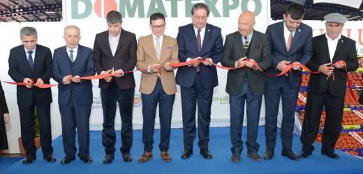 DOMATEXPO Kumluca Toptancı Hali'nde açıldı.