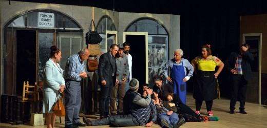 Kumluca'da Tiyatro Şöleni.