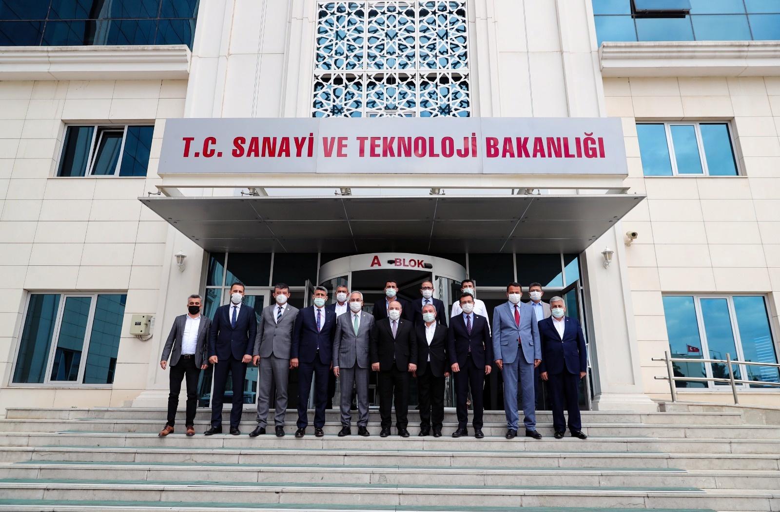 KUTSO ve Batı Antalya heyetinden Bakan Varank'a ziyaret.