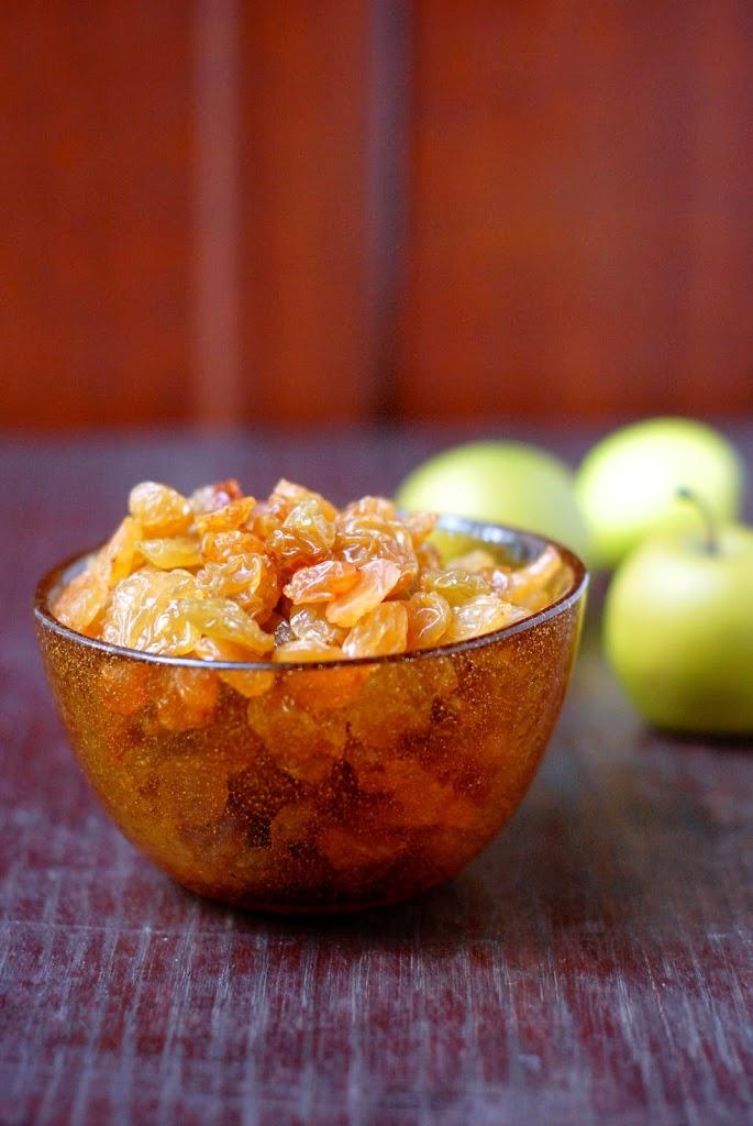 golden raisin & golden apple fruit leather | kumquatblog.com @kumquatblog recipe