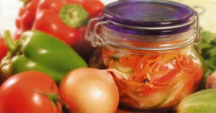 салат из смеси овощей