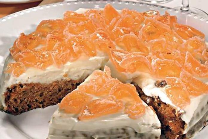 пирог с яблоками, морковкой и тыквенными семечками