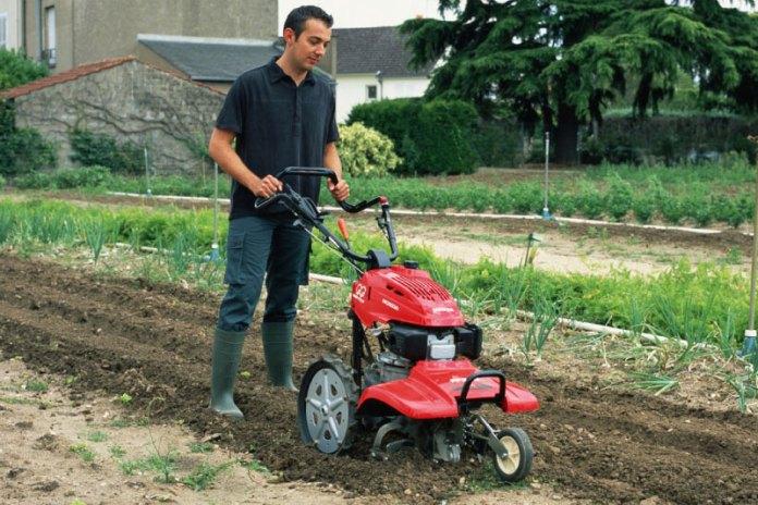 Механизация на садовом участке при помощи электрокультиватора