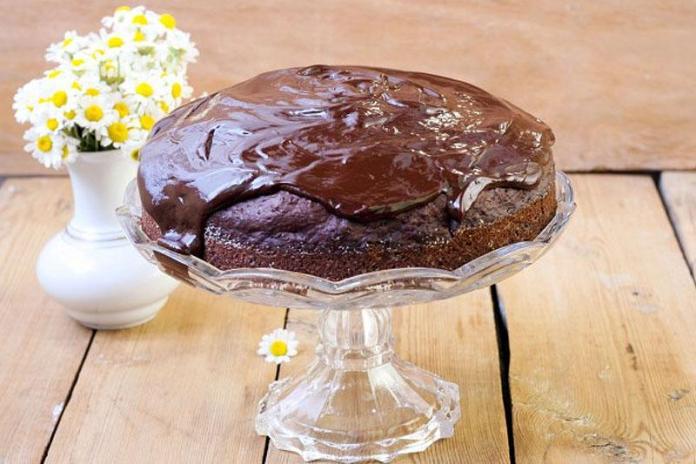 Шоколадный торт из кабачков