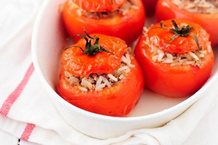 Фаршированные помидоры с рисом и мясом