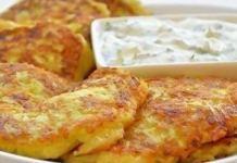 Кабачковые оладьи с сыром и чесночком