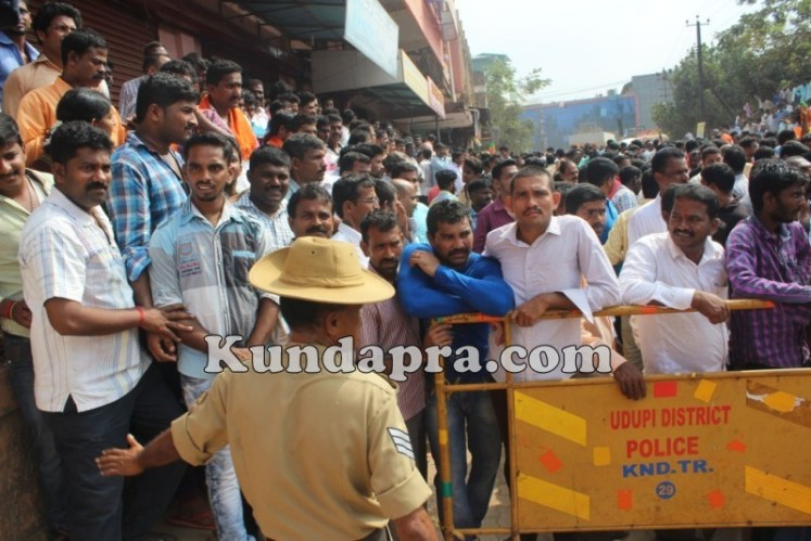 Zilla panchayath Taluk Panchayth Poll - BJP Celebrating in Kundapura (12)