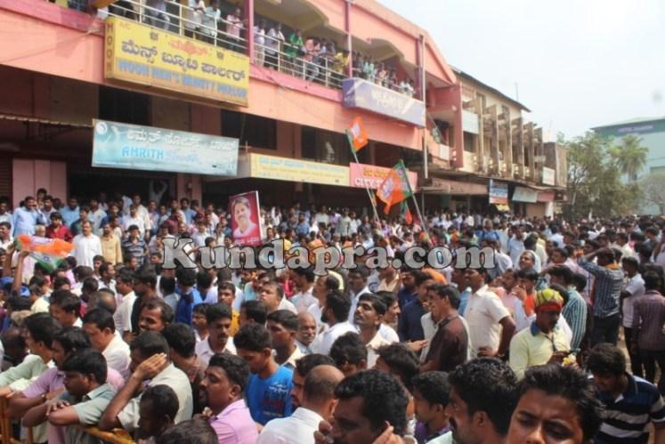Zilla panchayath Taluk Panchayth Poll - BJP Celebrating in Kundapura (15)