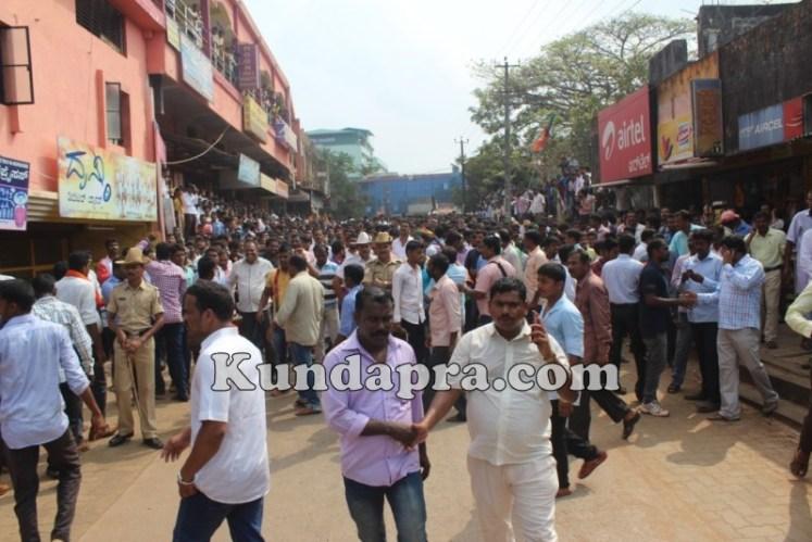 Zilla panchayath Taluk Panchayth Poll - BJP Celebrating in Kundapura (2)
