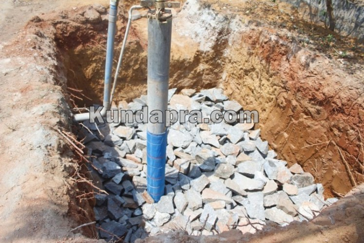 Bore well recharging to increase ground water (4)