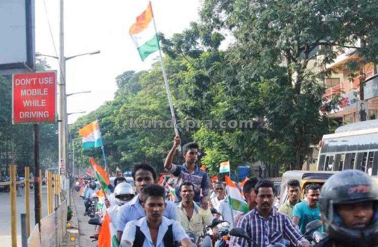 Tiranga Yatre - Bike Rally in Kundapura (16)
