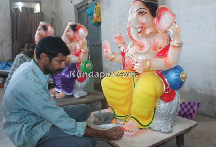 Kundapura ganesh idols makers Vasantha Gudigar made idols has demond in Hydarbad (18)