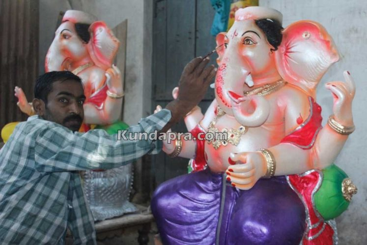 Kundapura ganesh idols makers Vasantha Gudigar made idols has demond in Hydarbad (19)