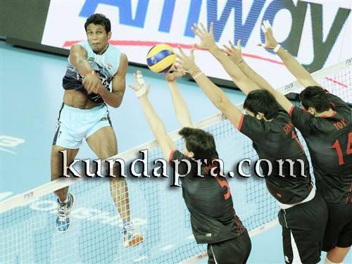 volleyball-player-anup-dcosta-got-state-ekalavya-award-2015-2