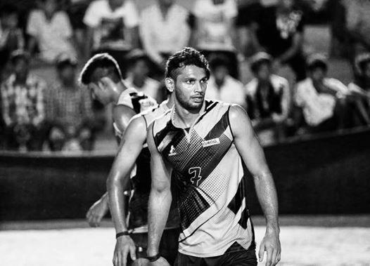 volleyball-player-anup-dcosta-got-state-ekalavya-award-2015-4