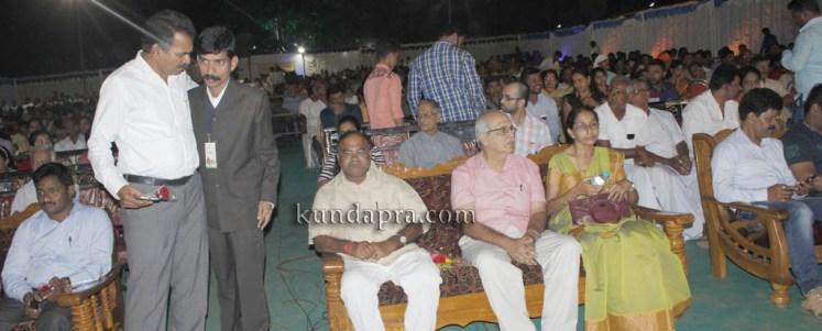 kusumanjali-2016-shri-padre-vasantha-kumar-perla-nalinkumar-shetty-nagoor-14