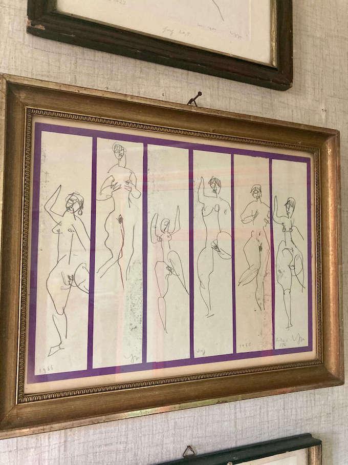 Frauenakte. Ein-Zwei-Linien Zeichnungen von Ugge Bärtle. Ugge-Bärtle-Haus©. Foto: Sara Heinzelmann-Wilhelm.