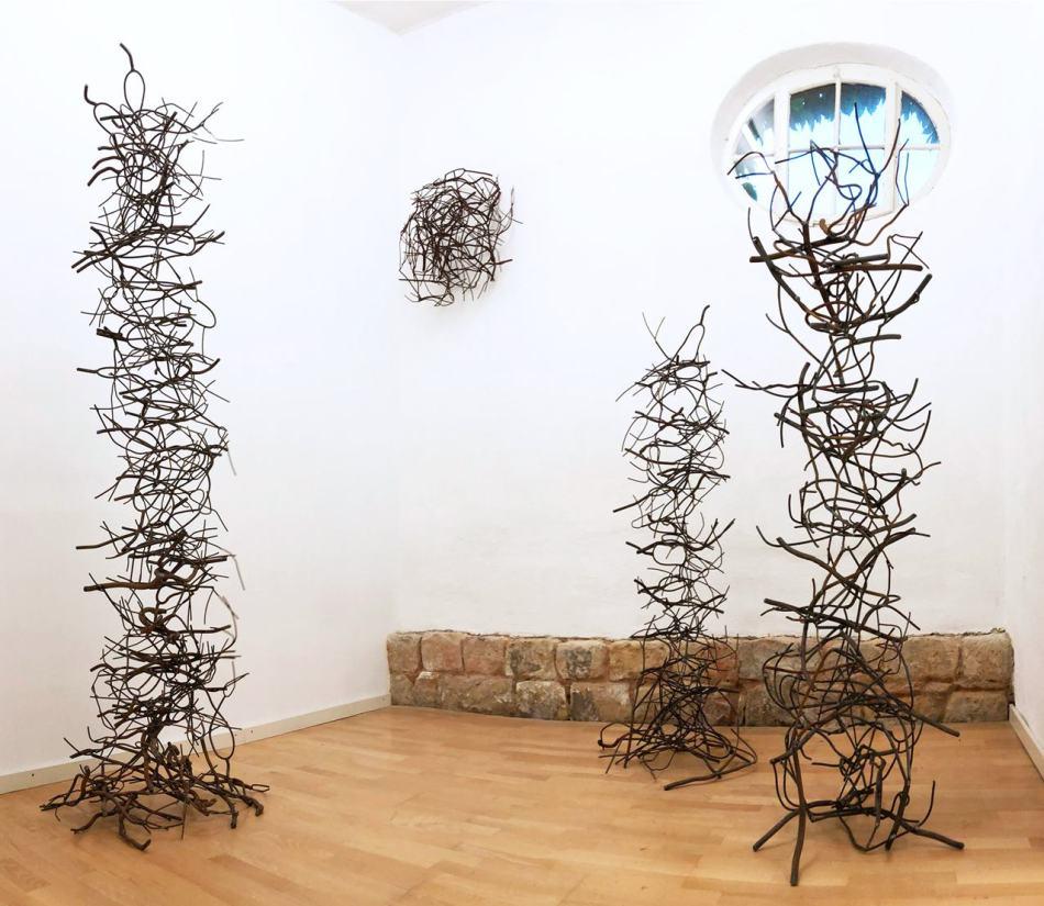 """Ausstellungsansicht """"Schattengewächse"""", Galerie Ruppert, 2019. Foto: Galerie Ruppert."""