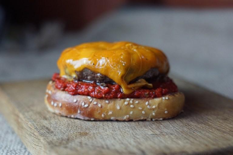 Burger Mac n Cheese