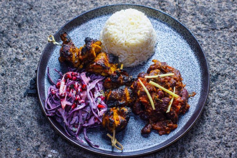 Chicken Tikka / slaw / rajma