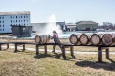 Them barrels are heavy. 500lbs.
