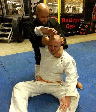 How to perform the Kata Ha Jime (choke hold)