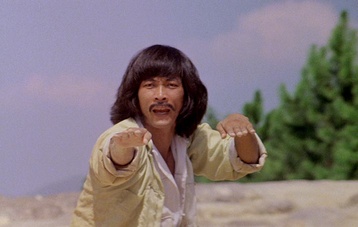 Kicking legend Hwang Jang-lee stars as Thunderleg