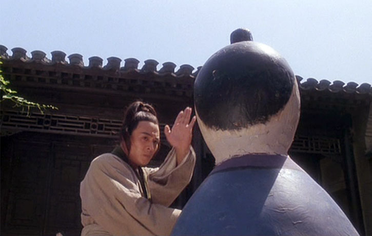 Jet Li is no dummy when it comes to performing Tai Chi!