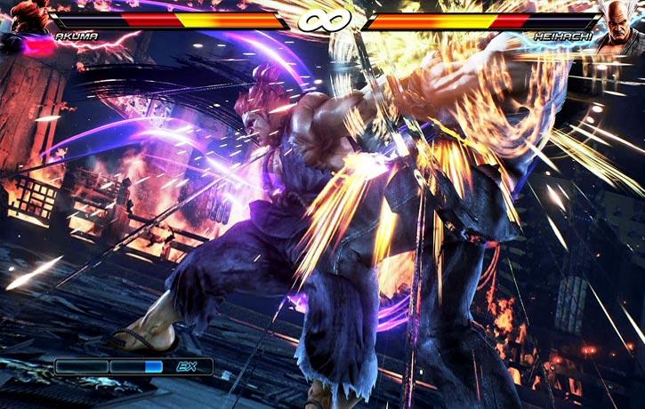 Akuma lands a devastating blow!