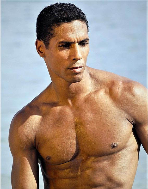 Taimak is supremely ripped!