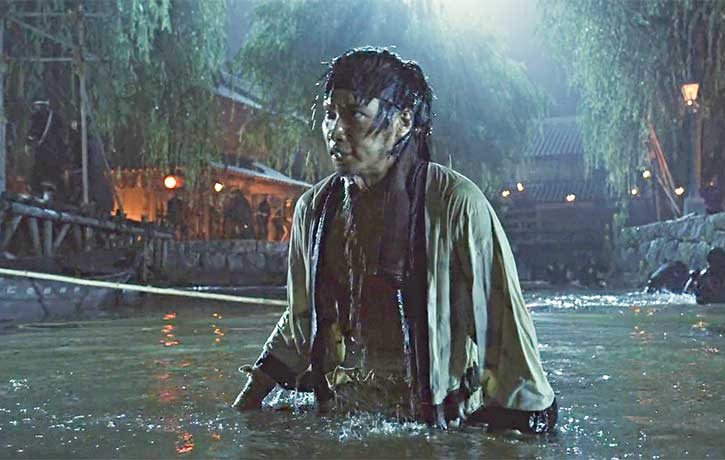 Sanosuke ends up wet rather than fighting the army