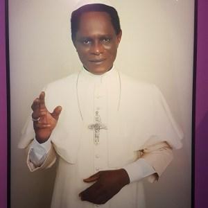 Black Pope - Samuel Fosso
