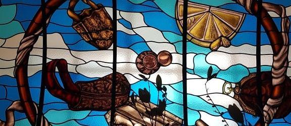 glas in lood plafond tassenmuseum