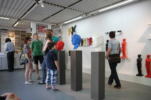 Ausstellungsraum2 Kunstmassnahmen Ottmar Hörl