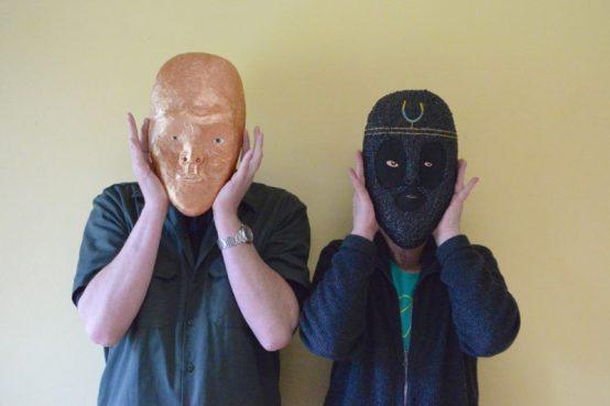 Bewerkte maskers Anne Forest